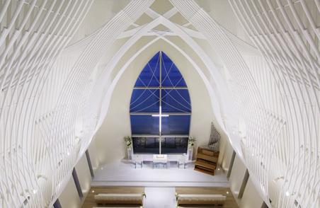 日本新泻城教堂-让你