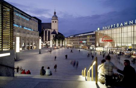 德国科隆火车站商业中心 (8)