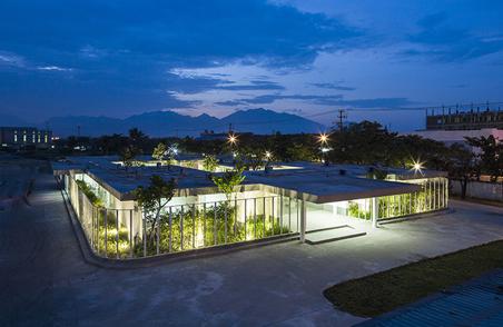 从室外清新到室内的越南办公建筑 (10)