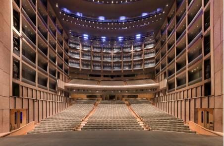 Gilles Alonso:对称美学——剧院 (15)